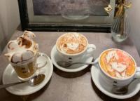 蔵前のカフェHATCOFFEE(ハットコーヒー)で呪術廻戦 五条悟やヒロアカ轟焦凍、クレヨンしんちゃんのラテアートを注文してみた