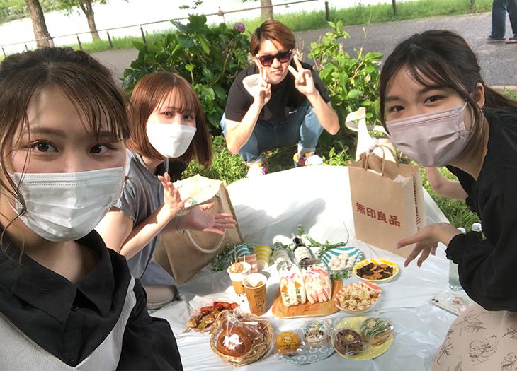 上野公園でピクニック