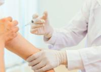 台東区コロナウイルスワクチン接種対象者が18歳以上から12歳以上に引き下げ。気になる副反応は?