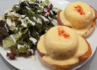 軽井沢の有名カフェが浅草に。エロイーズカフェ。アメリカの朝の顔と言われるエッグベネディクトは、ぜひ食べてみたい